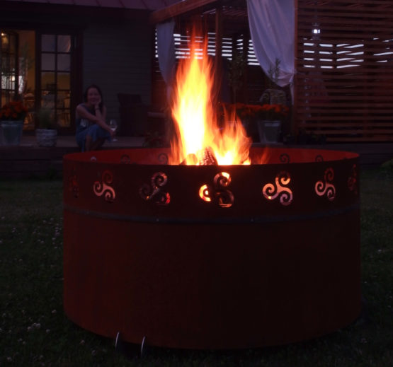 GrillSymbol Lucas Outdoor Wood burning Fireplace