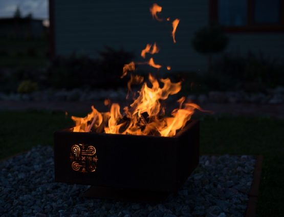 GrillSymbol Hannu Outdoor Wood Burning Fire Pit
