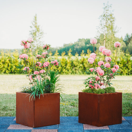 Cor-Ten Steel Flower Pot Fiora-S