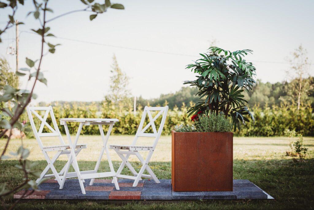 GrillSymbol Cor-Ten Steel Flower Pot Fiora L